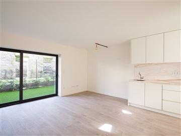 Apartment Studio / Porto, Faria Guimarães