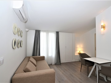 Apartment T1 / Lisboa, Castilho Alto