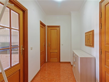Apartment T1 / Vila Nova de Gaia, Oliveira do Douro