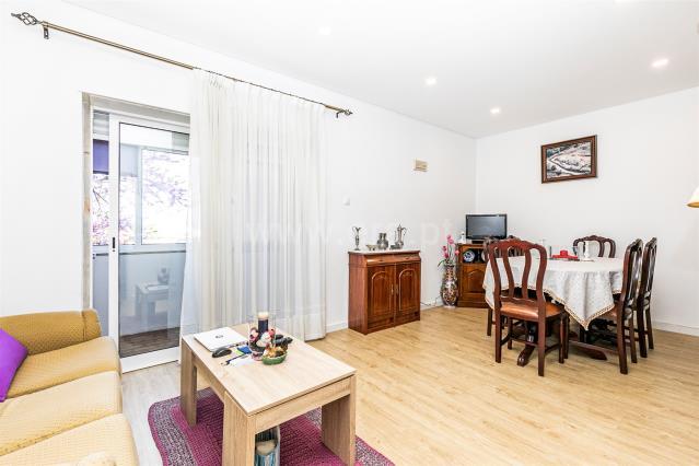 Apartment T2 / Almada, Vale Cavala