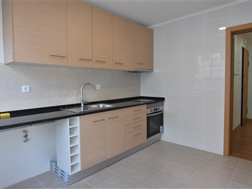 Apartment T2 / Amadora, Falagueira