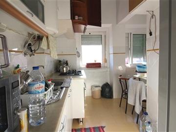 Apartment T2 / Amadora, Mina de Água