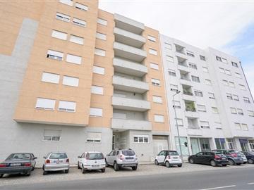 Apartment T2 / Bragança, Sé, Santa Maria e Meixedo