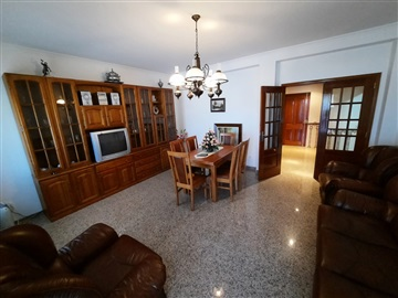 Apartment T2 / Carregal do Sal, Oliveira do Conde