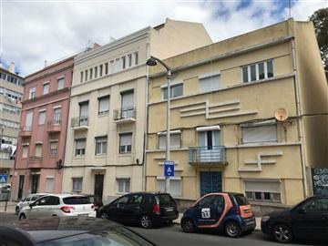 Apartment T2 / Lisboa, Alto Sto Amaro