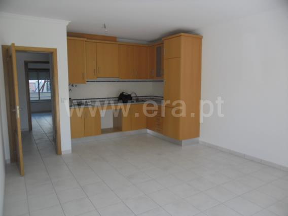 Apartment T2 / Marinha Grande, Vieira de Leiria