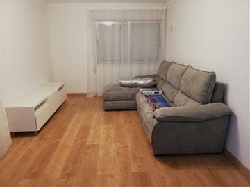 Apartment T2 / Matosinhos, Metro Senhora da Hora