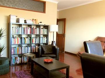 Apartment T2 / Matosinhos, Padrão da Légua