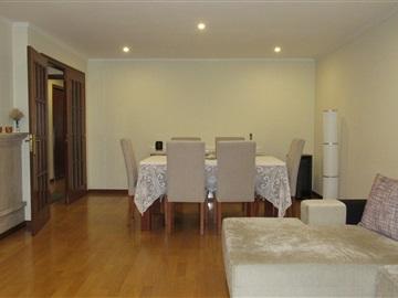 Apartment T2 / Matosinhos, S. Gens