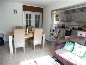 Apartment T2 / Santa Maria da Feira, Caldas S. Jorge / Guisande