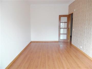 Apartment T2 / Seixal, Fogueteiro
