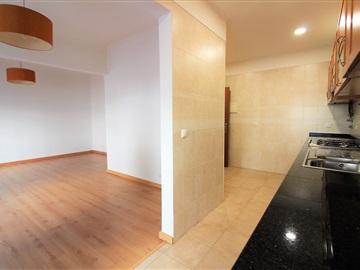 Apartment T2 / Seixal, Quinta de São Nicolau