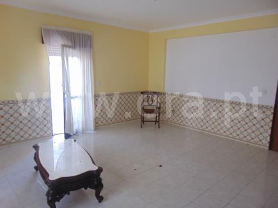 Apartment T2 / Sintra, Serra das Minas