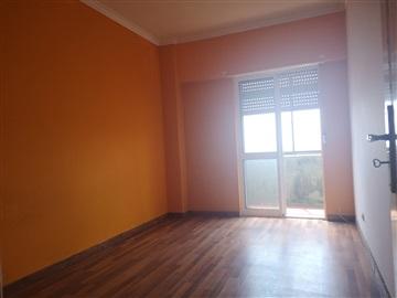 Apartment T2 / Vila Franca de Xira, Bom Sucesso