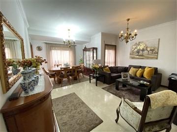 Apartment T2 / Vila Nova de Famalicão, Vila Nova de Famalicão e Calendário
