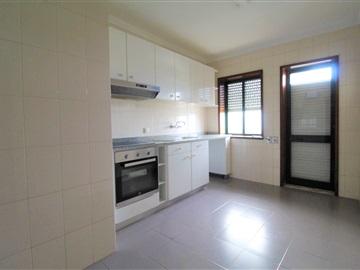 Apartment T2 / Vila Nova de Gaia, Oliveira do Douro