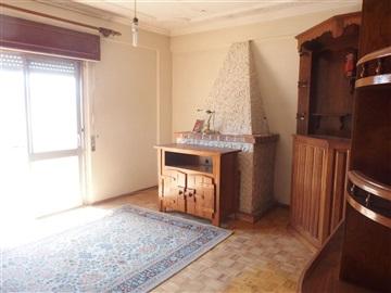 Apartment T3 / Amadora, Damaia de Cima