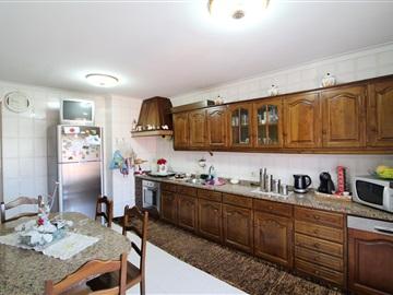Apartment T3 / Barcelos, Martim