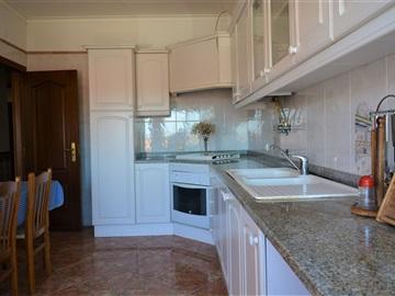 Apartment T3 / Benavente, Samora Correia