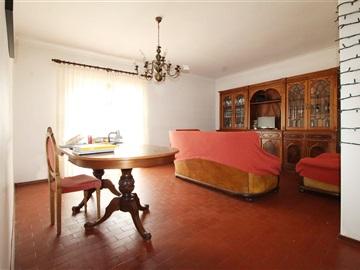 Apartment T3 / Coimbra, Olivais