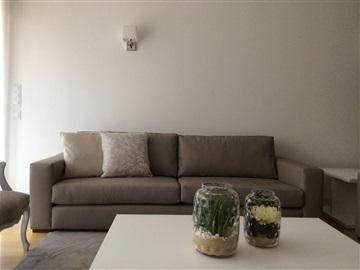 Apartment T3 / Lisboa, Pedrouços