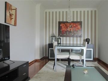 Apartment T3 / Matosinhos, Custóias