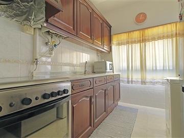 Apartment T3 / Moita, Vale da Amoreira
