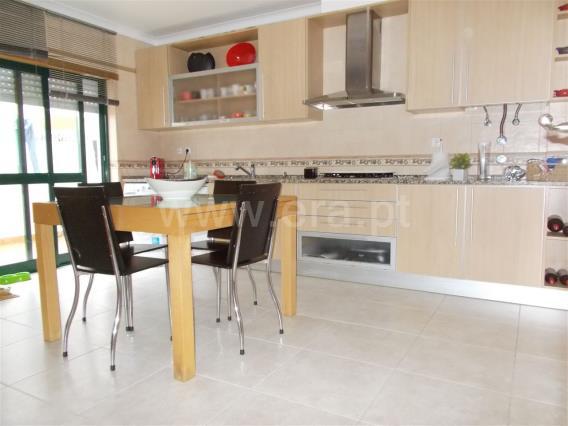 Apartment T3 / Moita, Zona 11 - Alhos Vedros Centro