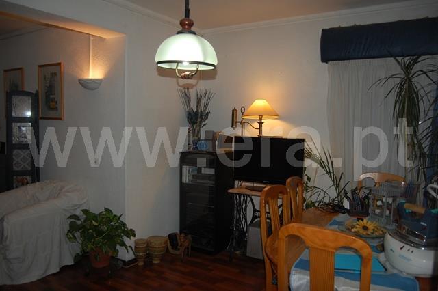Apartment T3 / Odivelas, Odivelas Metro