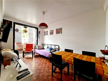 Apartment T3 / Odivelas, Patameiras