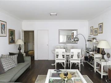 Apartment T3 / Oeiras, Miraflores