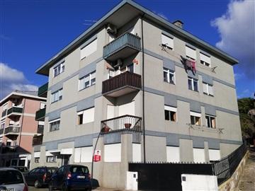 Apartment T3 / Penafiel, 1- Centro