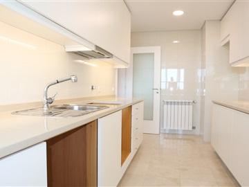 Apartment T3 / Porto, Bessa