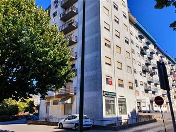 Apartment T3 / Rio Maior, Rio Maior