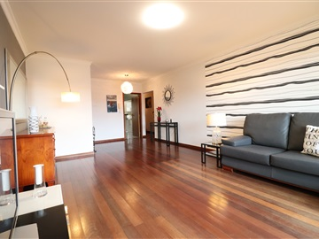 Apartment T3 / Santa Cruz, Garajau