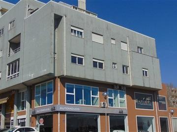Apartment T3 / Vila Nova de Famalicão, Vila Nova de Famalicão e Calendário