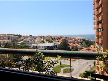 Apartment T3 / Vila Nova de Gaia, Alameda Jardins Arrábida