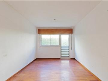 Apartment T3 / Vila Nova de Gaia, Vilar de Andorinho