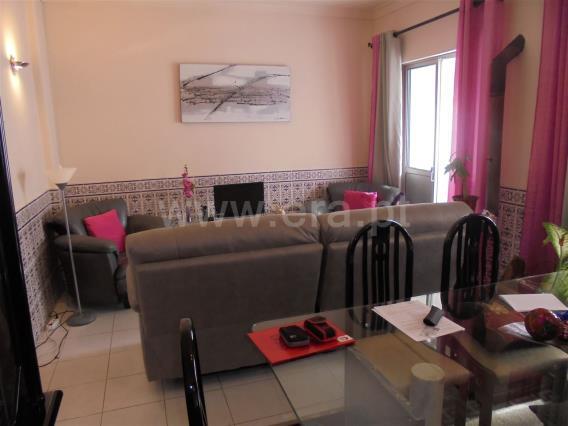 Apartment T4 / Amadora, Águas Livres