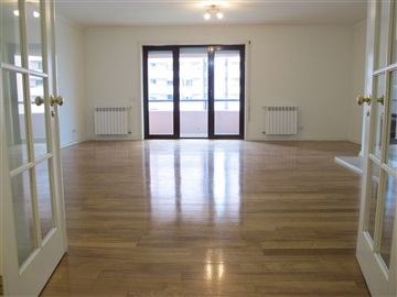 Apartment T4 / Lisboa, Green Park - Laranjeiras