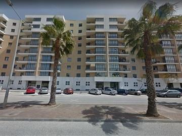 Apartment T4 / Loures, Infantado
