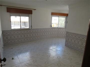 Apartment T4 / Oeiras, Linda-a-velha
