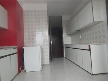 Apartment T4 / Porto, Praça Velasquez