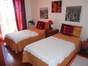 Apartment T4 / Sintra, Monte Abraão
