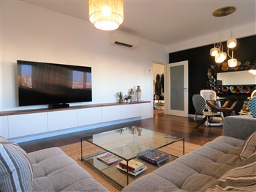 Appartement T2 / Almada, Laranjeiro e Feijó