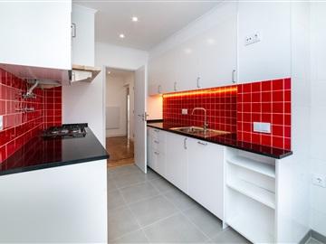 Appartement T2 / Lisboa, Penha de França