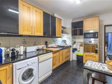 Appartement T2 / Sintra, Casal de Ouressa