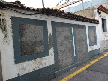 Building / Funchal, Funchal (Santa Luzia)