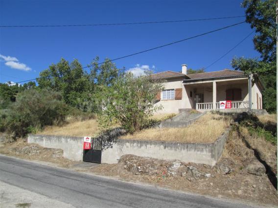 Casa T3 / Belmonte, Inguias