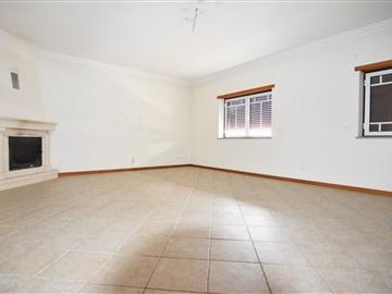 Casa T3 / Coimbra, S. Martinho do Pinheiro